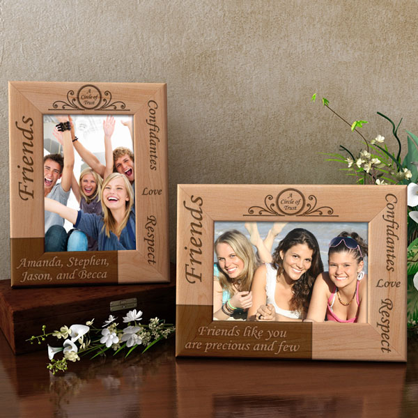 Friends Circle of Trust Wooden Picture Frame