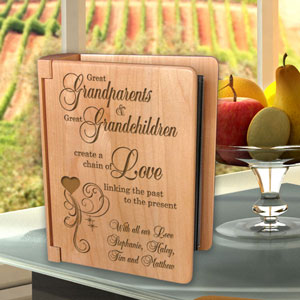 A Great Chain of Love Wooden Photo Album
