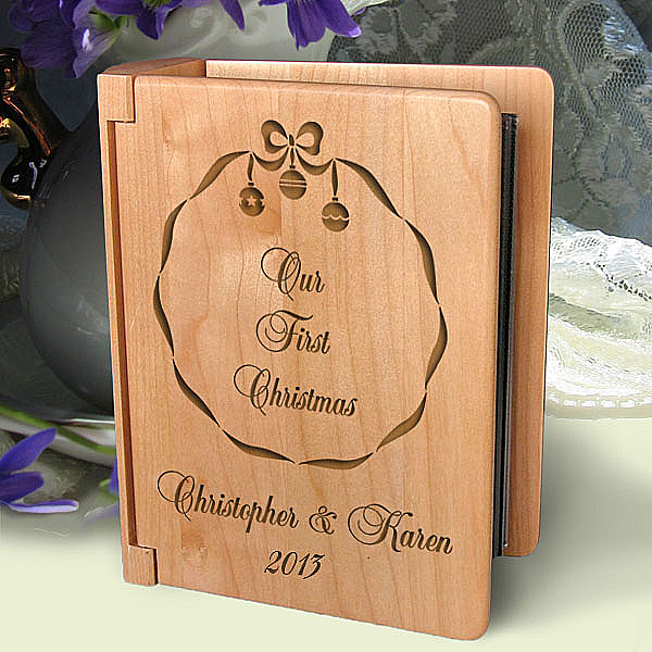 Christmas Wreath Wooden Photo Album